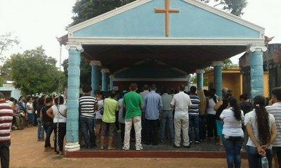 En entierro de Osmar Martínez insisten con que hubo omisión de auxilio