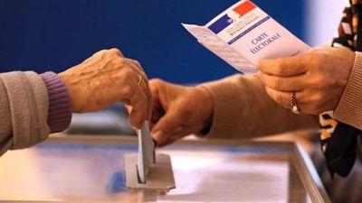 Tras las regionales francesas se abre la batalla por las presidenciales 2017