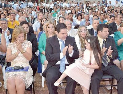 Intendente de Concepción juró ante un juez y asumió