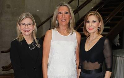 Homenaje a la mujer paraguaya