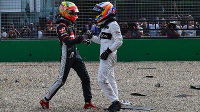 Rosberg y Mercedes intratables, Alonso sale ileso de accidente