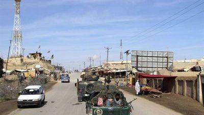 Mueren unos 60 talibanes en dos bombardeos estadounidenses en Afganistán
