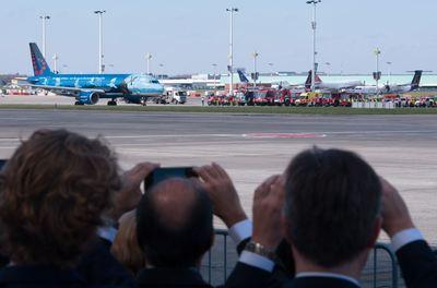Primer despegue de un avión en el aeropuerto de Bruselas desde los atentados