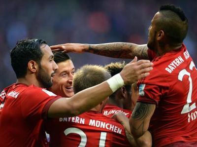 Bayern supera al Shalke y se encamina hacia el título