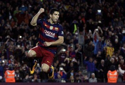 Suárez vuelve a reinar