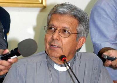 Monseñor Martínez apoya investigacion a curas pederastas