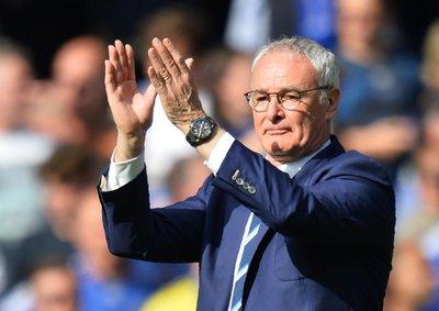 Claudio Ranieri, DT del año en Inglaterra