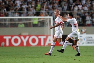 Sao Paulo, primer semifinalista de la Copa Libertadores