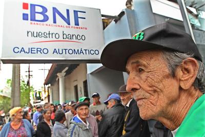 Hacienda pone a disposición lista de pensionados activos no contributivos