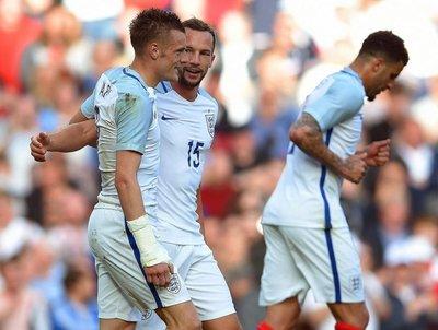 Inglaterra gana en amistoso