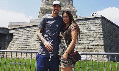 Lari Riquelme dijo que acepta el casorio