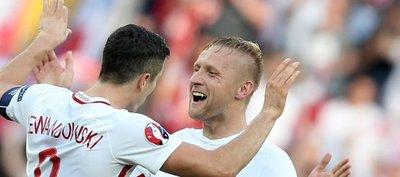 Polonia logra su primera victoria en una Eurocopa