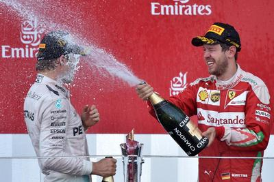 Rosberg extiende a Bakú su hegemonía en la Fórmula Uno