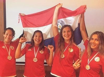 Vóley de playa: Paraguay con presea de plata y a la repesca