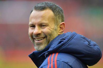 Giggs deja el United tras 29 años para proseguir su carrera como entrenador