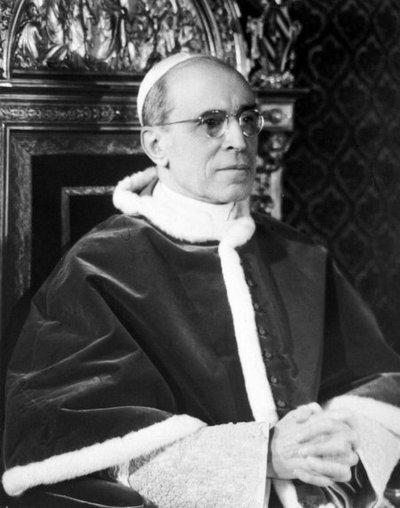 Revelan detalles del intento de secuestro del papa Pío XII
