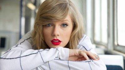 Taylor Swift es la famosa con más ingresos del mundo