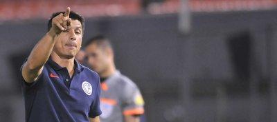 Florentín destaca el fútbol y la entrega de su equipo