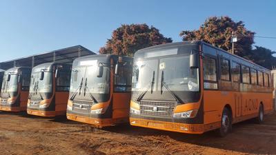 Implementan servicio para cargar celulares en ómnibus