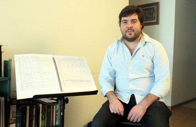 La obra de León Cadogan traducida en música