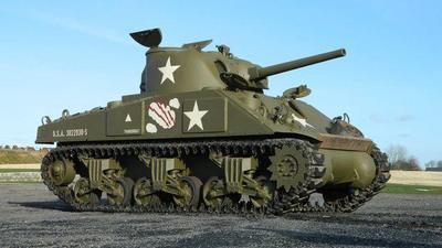 Museo del Tanque en Normandía subasta sus blindados