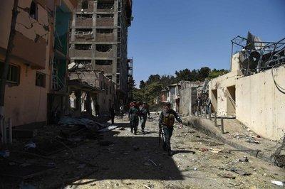 Al menos un muerto en un ataque contra una ONG en Kabul
