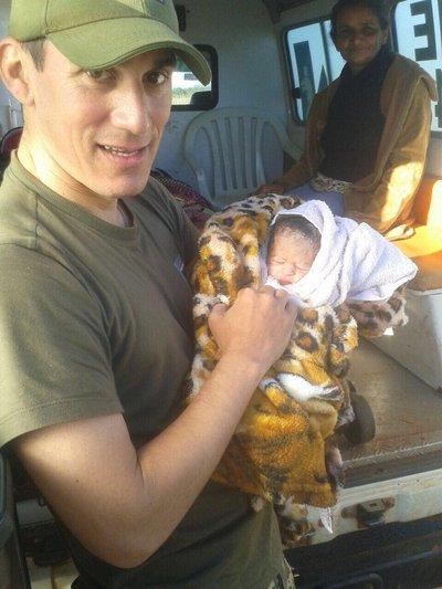 Bebé nació en móvil de la FTC en Zanja Moroti