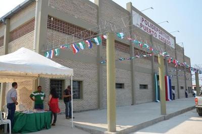 Inauguran polideportivo en Puerto Casado