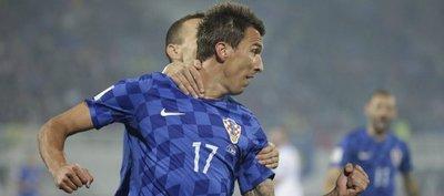 Mandzukic prolonga su racha y la de Croacia