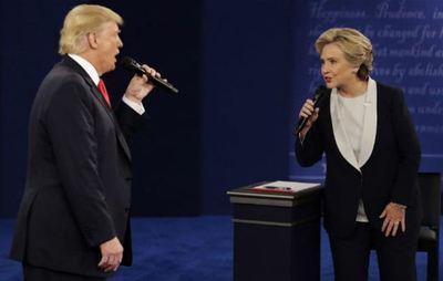Clinton y Trump lanzan nuevos anuncios en la recta final de las elecciones
