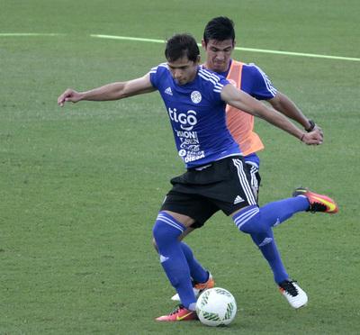 21 jugadores dieron inicio al Operativo Albirrojo vs. Perú y Bolivia