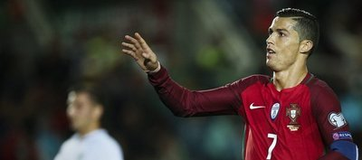 Bélgica y Suiza mantienen el pleno; Cristiano endereza a Portugal