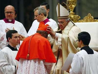 Francisco crea hoy 17 nuevos cardenales