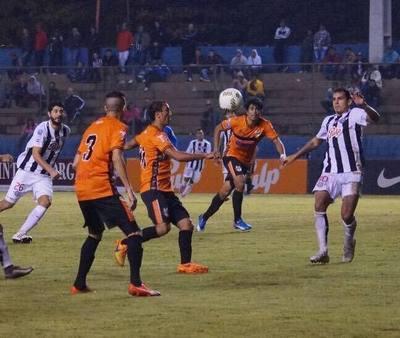 Libertad sumó su tercera victoria al hilo en el Clausura