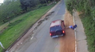 Vídeo: chofer atropella a hombre, lo mata y se escapa
