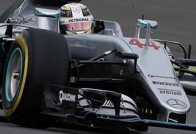 F1: Hamilton por delante de Rosberg, en Abu Dabi