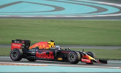 F1: Ricciardo no le hará la vida fácil a los Mercedes