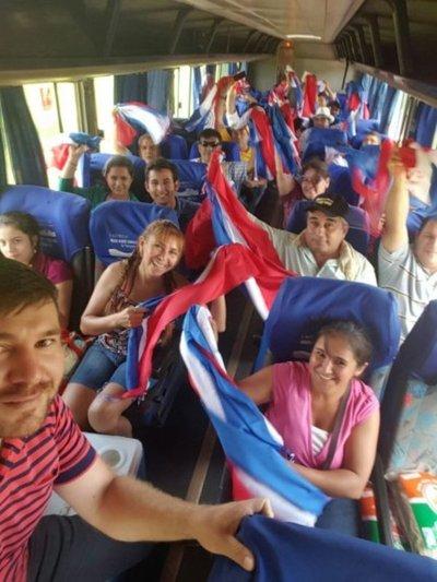 Itapuenses también fueron retenidos durante camino a Asunción