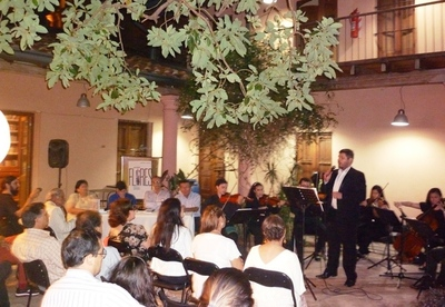 Se presentó el libro sobre la vida y obra de J. Asunción Flores