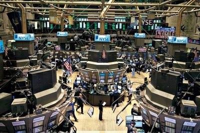 Wall Street inicia la semana con el pie correcto