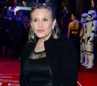 La actriz Carrie Fisher está estable tras sufrir infarto