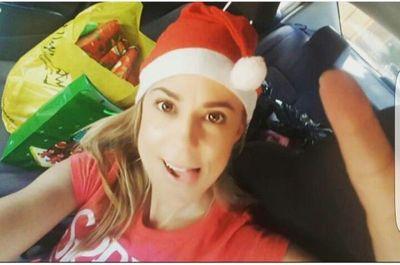Nenecho Y Lizarella Solidarios En Navidad