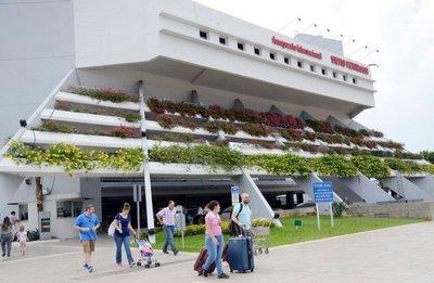 Vuelos están saturados con entrada y salida de 3.000 pasajeros por día