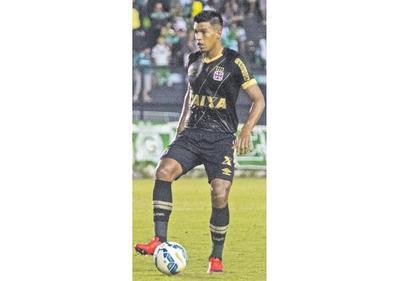 Dos Santos sigue en Brasil