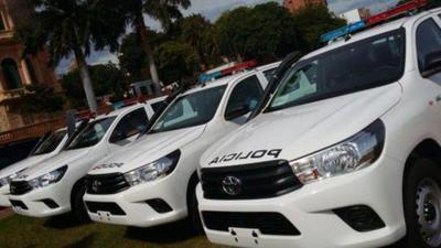 ITAIPU entregó 100 patrulleras 0km a la Policía Nacional