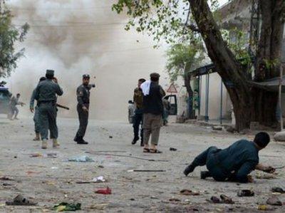 Ocho muertos en atentado contra un líder en Afganistán