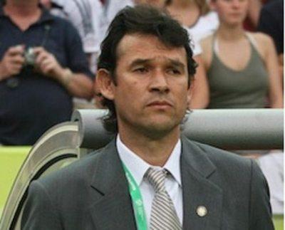 Raúl Vicente Amarilla: Un supercampeón con altura, goles y elegancia pura