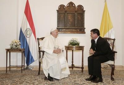 Cartes se reunirá con el príncipe de Abu Dabi y el Papa