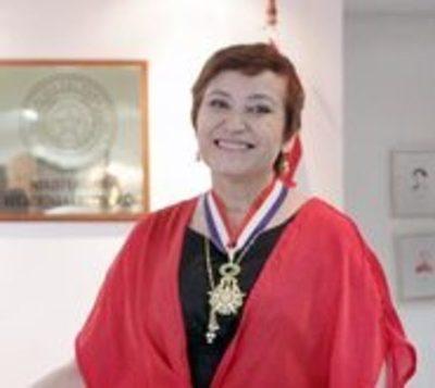 Cancillería galardona a Berta Rojas por su labor musical