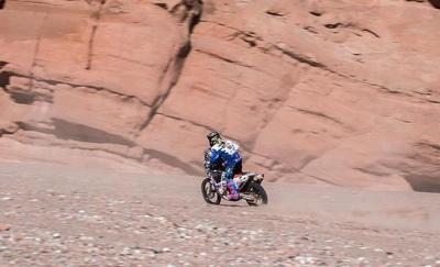 Motos: José Cándia está recuperando posiciones en el Dakar